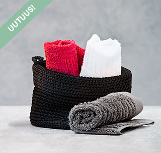 Three workout towels & soft basket